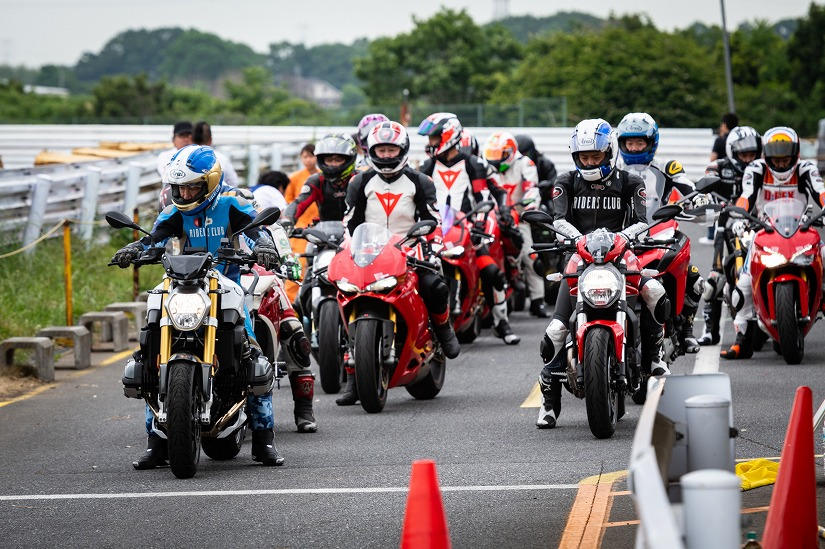 10月15日(火)RIDING PARTY MOTO CORSE Special
