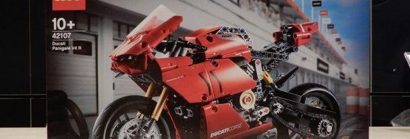 変わり種Ducatiアパレルが入荷しました!